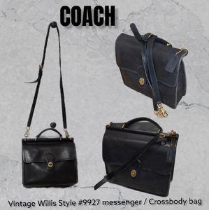 Vintage coach black leather Willis crossbody Bag